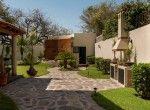 14. La Casa de Ajijic. Sidewalks