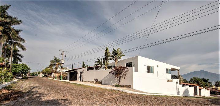 Casa Moderna Familiar – Century 21 AccessMex
